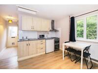 Studio flat in Peat Moors The Annexe, Headington, Oxford