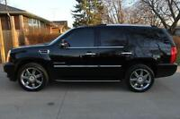 NEW PRICE !!!! 2011 Cadillac Escalade ULTRA LUXURY PACKAGE