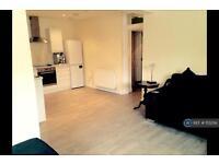 2 bedroom flat in Claremont Street, Aberdeen, AB10 (2 bed)
