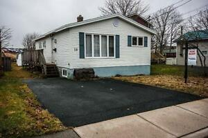 18 Whiteford Pl. – 3 Bdrm with Heat, Light, and Internet Inclu