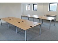 Office bench desk workstations to accommodate 6 people workspace