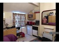 1 bedroom in Collingwood Road, Northampton, NN1 (1 bed)