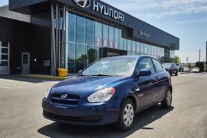 2010 Hyundai Accent AUTO / NO ACCIDENTS / AIR COND /  WON'T LAST