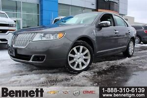 2010 Lincoln MKZ V6 AWD with Nav Heated + Cooled Leather Seats.