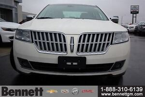 2012 Lincoln MKZ V6 AWD with NAv, Sunroof, Heated + Cooled seats Kitchener / Waterloo Kitchener Area image 2