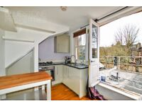 Modern 1 DOUBLE BEDROOM FLAT-Heart of Balham-Close to station-Juliet Balcony-Available now!!!