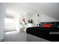 1 bedroom in Euclid Street, Swindon, SN1 (#977190)