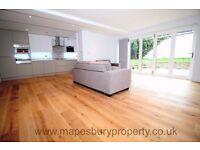 NW6 Queen's Park - 3 Bed Flat to Rent - 2 En Suite Bedrooms - Ideal Family Home - Patio Garden