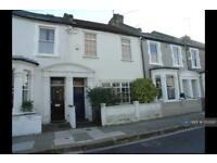 4 bedroom house in Burnthwaite Road, London, SW6 (4 bed)