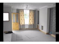 2 bedroom house in Victoria Place, Bargoed, CF81 (2 bed)