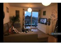 2 bedroom flat in Aits View, West Molesey, KT8 (2 bed)