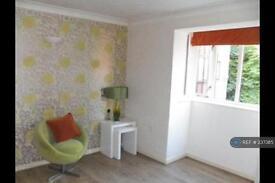 1 bedroom flat in Brookside Road, Gatley, SK8 (1 bed)