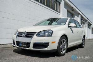 2008 Volkswagen Jetta 2.0T Trendline w/ Navigation!! Leather!!