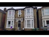 1 bedroom flat in St Edwards Road, Southsea, PO5 (1 bed)