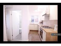 1 bedroom flat in Albert Road, Sheffield, S8 (1 bed)