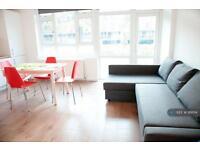 4 bedroom flat in Headlam Street, London, E1 (4 bed)