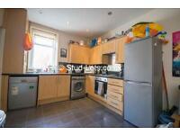 4 bedroom house in Heaton Park Road, Newcastle Upon Tyne, NE6