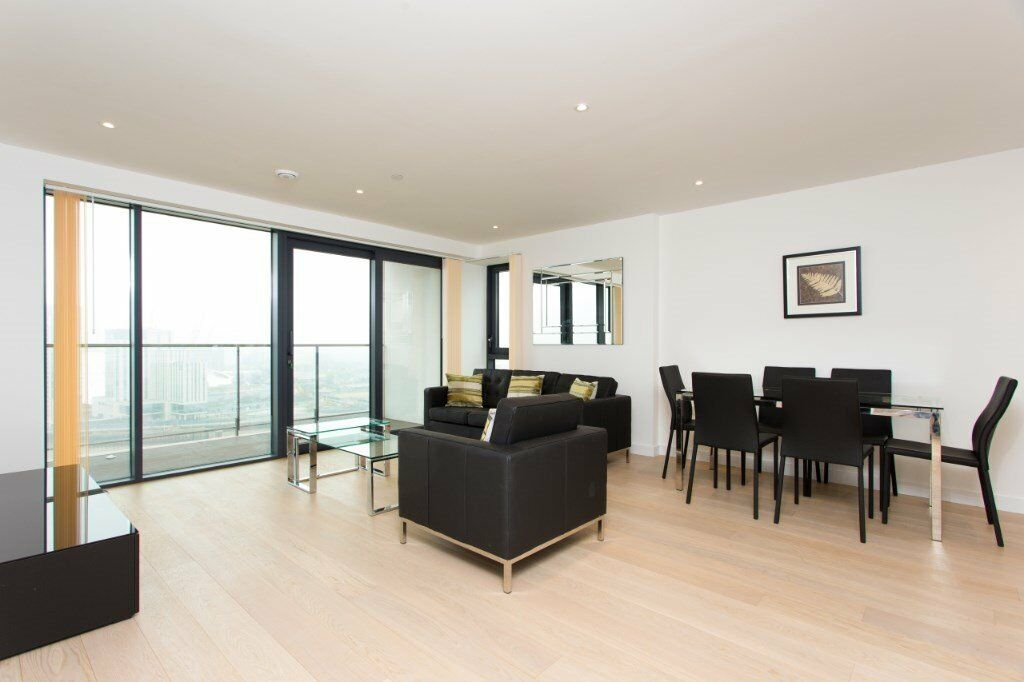 VACANT -NOT TO BE MISSED! HORIZONS TOWER 3 BED 2 BATH LUXURY APARTMENT! CANARY WHARF E14 RIVER VIEWS