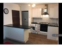 2 bedroom flat in Sherringham Avenue, Feltham , TW13 (2 bed)