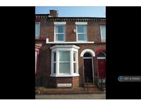 4 bedroom house in Upper Warwick Street, Liverpool, L8 (4 bed)