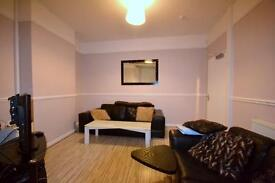 Large double room with ensuite...short term only