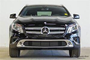 2016 Mercedes-Benz GLA250 4MATIC Executive Demo