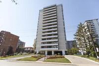 Blink Bonnie – 136 Bay St - One bedroom