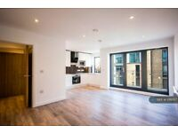 2 bedroom flat in Illustrious House, London, SE10 (2 bed) (#1011057)