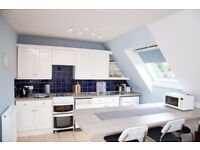 Short Term Let - Beautiful two bedroom flat with parking in Merchiston (413)
