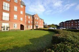 2 bedroom flat in Seaton Square, London, NW7