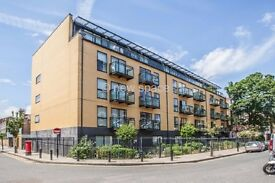 Beautiful 2bed flat in heart of LONDON FIELDS! AMAZING VIEWS!!!