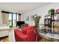 2 bedroom flat in Fairfield Road, London, E3 (2 bed)