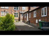 1 bedroom house in Woodsley Road, Leeds, LS2 (1 bed) (#1079557)