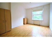Lovely three bed split level flat on the lower floor and upper floor in Kilburn £1800PCM