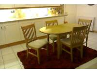 EXTENDING DINING / KITCHEN OAK TABLE & 4 CHAIRS