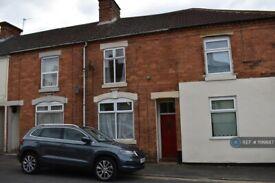 2 bedroom house in Cross Street, Kettering, NN16 (2 bed) (#1199887)