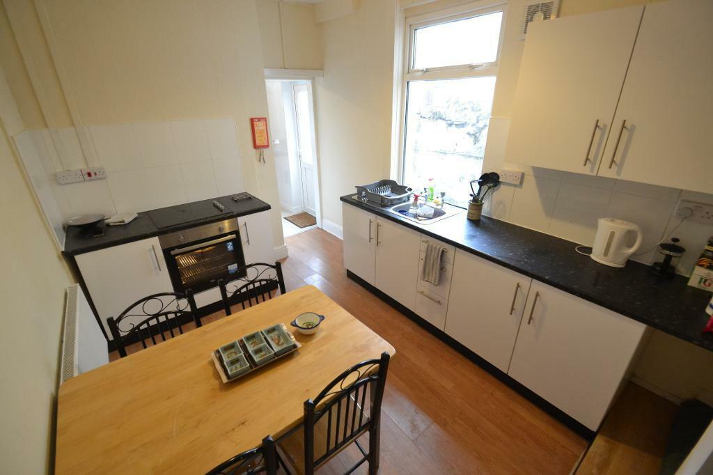 3 bedroom house in Moy Road, Roath, Cardiff