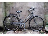 PEUGEOT TRADITION, vintage ladies women's dutch style road bike, 21 inch, 3 speed, loop frame