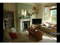 3 bedroom flat in Agamemnon Road, London, NW6 (3 bed)
