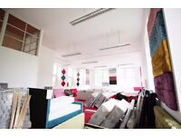 First floor unit, workshop, office, warehouse, showroom in location next to M8 motorway and Subway