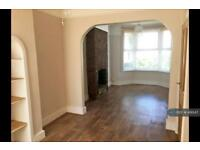 3 bedroom house in Livingstone Road, Surrey, CR7 (3 bed)