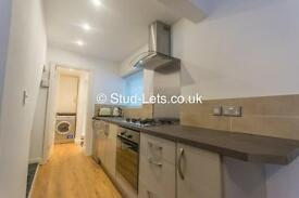1 bedroom flat in Benton Road, West Allotment, NE27
