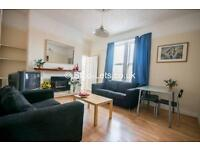 3 bedroom flat in Wingrove Avenue, Fenham, Newcastle Upon Tyne, NE4