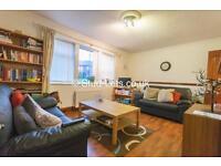 2 bedroom flat in Church Road, Gosforth, Newcastle Upon Tyne, NE3