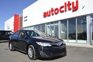 2014 Toyota Camry SE | Power Options | Affordable |