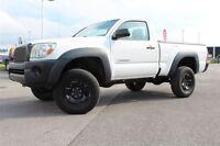 2009 Toyota Tacoma **4X4 + A/C + RARE**