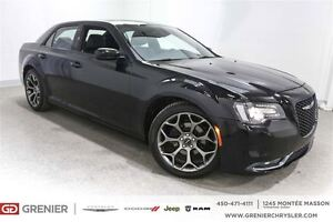 2016 Chrysler 300 300S*Cuir, Toit Pano, Navigation*