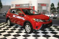 2015 Toyota RAV4 AWD/ Bluetooth/ USB Port/ Power Package