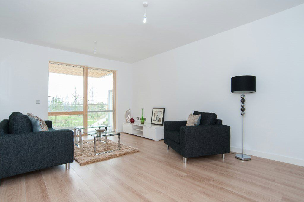 LUXURY 1 BED HALLSVILLE QUARTER SHERRINGTON COURT E16 CANNING TOWN CANARY WHARF ROYAL VICTORIA