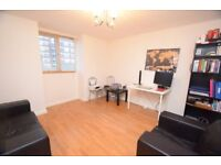 1 bedroom flat in Cyprus Road, Finchley Central, N3